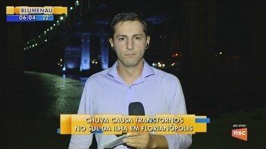 Chuva causa transtornos no Sul da Ilha de Florianópolis - Chuva causa transtornos no Sul da Ilha de Florianópolis