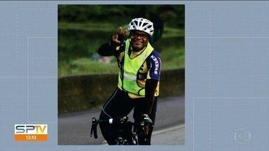 Polícia procura motorista que atropelou ciclista na Anhanguera - Na manhã desta segunda-feira (22) foi enterrado o ciclista Dermê Filho. Ele foi atropelado no acostamento da Rodovia Anhanguera; o motorista fugiu.