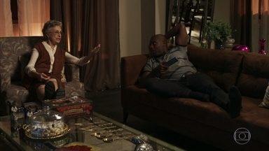 Adinéia e Cido reclamam de Suzy para Samuel - O médico repreende e os obriga a atender os desejos da ex-mulher