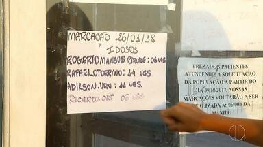 População do segundo distrito de Cabo Frio enfrenta dificuldade para marcar consultas - A procura ficou ainda maior depois dos casos de febre amarela no estado.