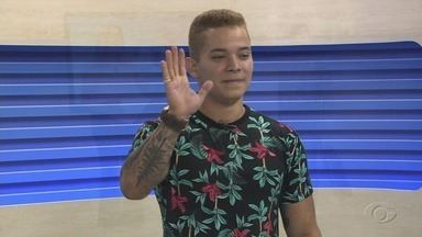 Bruninho Farramix faz show em Maceió - Cantor promete animar público.