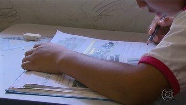 Auditoria aponta mais de 2 milhões de crianças fora das salas de aula - Dados são do Tribunal de Contas da União, que também mostrou que metade dos 800 municípios não realiza nenhuma ação para que esta situação mude.