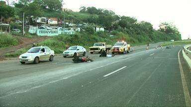 Motociclista morre após bater em cavalo que cruzava a rodovia - O acidente foi na região de Londrina