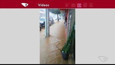 Chuva alaga ruas em São Gabriel da Palha, no Noroeste do ES - Chuva alaga ruas em São Gabriel da Palha.