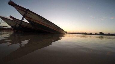 Seca causa redução de nível de afluentes do rio São Francisco, que corta cidades baianas - O Rio Grande é fundamental para a agricultura da região e é um dos principais afluentes do 'Velho Chico'.