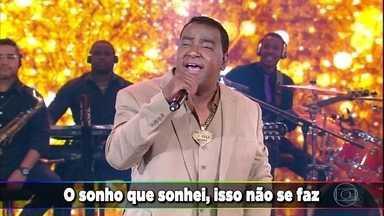 Ellen Rocche e Anderson Di Rizzi acertam e 'Raça Negra' canta 'É Tarde Demais' - Super sucesso do grupo animou o público do Domingão