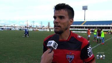 Rodrigo vê Dragão no caminho certo para reagir e mira Copa do Brasil - Volante vê empate com bons olhos e já pensa no duelo com Altos-PI