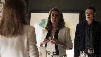 Gael discute com Sophia - Lívia conta a Tomaz sobre a decisão do juiz