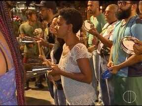 Presença das mulheres em blocos de Belo Horizonte aumentam a cada ano - Em alguns blocos, elas até regem a bateria.