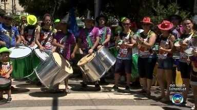 """Programação de Carnaval começa em Cerquilho e São Miguel Arcanjo - Em várias cidades da região de Itapetininga a festa de Carnaval começa nesta sexta-feira (9). Um dos eventos mais tradicionais é o de Cerquilho, que esse ano deve reunir milhares de pessoas ao redor dos """"carrões""""."""