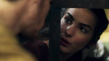 Saulo diz a Selena que talvez eles não tenham sido feitos um para o outro - Selena vai ver Saulo na prisão