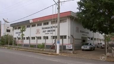 Polícia Civil investiga morte de idoso em Cerqueira César - A Polícia Civil de Cerqueira César (SP) investiga a morte de um idoso de 70 anos que caiu de um telhado de uma propriedade rural enquanto fazia reparos.