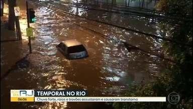 Temporal causa transtornos no Rio - Regiões mais afetadas foram zonas Norte e Oeste