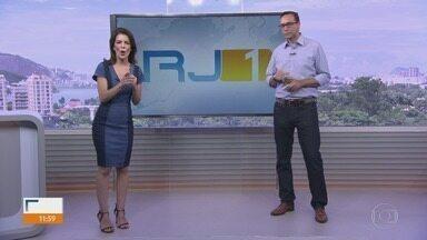 RJ1 - Íntegra 15 Fevereiro 2018 - O telejornal, apresentado por Mariana Gross, exibe as principais notícias do Rio, com prestação de serviço e previsão do tempo.