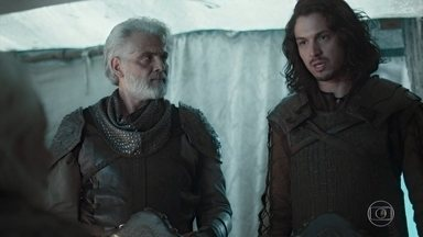 Afonso diz que Constantino está cercado - Afonso diz que eles tem que mostrar estão mais fortes