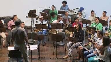 Curso de verão da Escola de Música do DF é tradição para estudantes - O curso de verão da escola de música é tradição no DF e para estudantes de fora também.