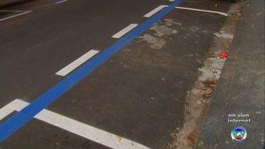 Área da zona azul é ampliada no Centro de Sorocaba - A área da zona azul está sendo ampliada no Centro de Sorocaba (SP). A repórter Priscila Mota tem mais informações.