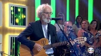 Renato Teixeica canta 'Amora' - Cantor lança novo trabalho com a orquestra do Mato Grosso
