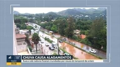Chuva forte inunda ruas em distrito de Ouro Preto e trecho da MG-30, em Nova Lima - Imagens foram enviadas por telespectadores.