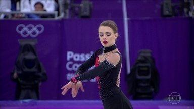 Isadora Williams faz história ao ser a primeira brasileira na final da patinação artística - Isadora Williams faz história ao ser a primeira brasileira na final da patinação artística