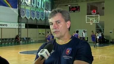 Com intuito de revelar talentos, Uninassau volta a disputar Liga de Basquete Feminino - Pernambucanas pegam Blumenau na estreia com muitas atletas novas na equipe