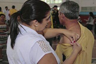 Mais de 4 mil são vacinados em Suzano em mutirão contra febre amarela - Ação aconteceu no Parque Maxx Feffer, no Largo da Feira e na estação da CPTM.