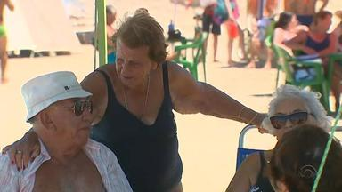 Veranistas aproveitam o último final de semana de fevereiro na praia - Assista ao vídeo.