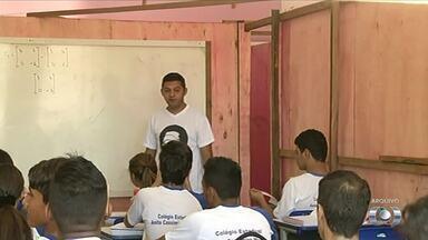 Alunos cobram conclusão de reforma em escola estadual de Aliança do Tocantins - Alunos cobram conclusão de reforma em escola estadual de Aliança do Tocantins