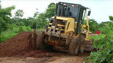 Alunos da zona rural de Formoso do Araguaia estão sem aula por causa de atoleiros - Alunos da zona rural de Formoso do Araguaia estão sem aula por causa de atoleiros