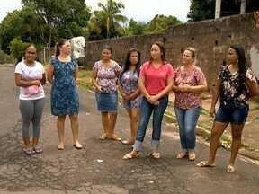 Rodízio de professores incomoda pais de alunos em Floresta do Sul - Situação afeta aulas em escola municipal.