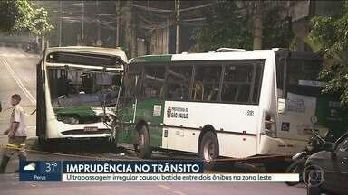 Doze passageiros ficaram feridos em acidente de ônibus - Testemunha contou que carro fez ultrapassagem irregular e causou acidente entre dois ônibus em Sapopemba, na zona leste.