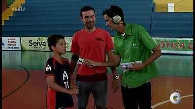 Representantes das equipes Sub 11 e Sub 17 da categoria de base estreiam na Quadra do Sesc - Dupla esportiva comenta a estreia das equipes na Copa TV Grande Rio.