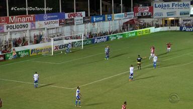 São Luiz goleia Cruzeiro-RS por 4 a 1 na abertura da 10ª rodada - Rubro fica muito perto da vaga nas quartas do Gauchão, enquanto Estrelado se complica na tabela