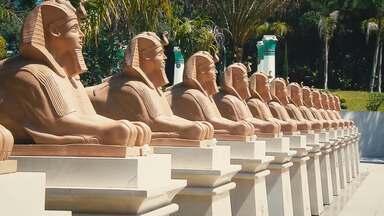 Douglas Bandeira conheceu um pedacinho do Egito no Paraná - 'Estúdio C' fez uma visita ao Museu Egípcio e Rosacruz