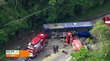 Acidentes deixam três mortos nesta terça-feira (6), em São Paulo - Acidentes deixam três mortos nesta terça-feira (6), em São Paulo.