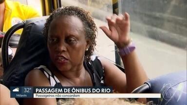 Passageiros dos ônibus do Rio não concordam com aumento de passagem - A prefeitura quer diferenciar as tarifas pra ônibus com ar condicionado e ônibus sem ar condicionado. Mas os passageiros reclamam que essa questão já deveria estar resolvida.