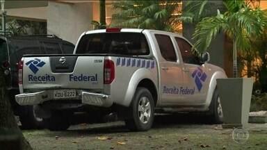Polícia Federal prende quadrilha de contrabandistas que atuava no aeroporto do Rio - Entre os alvos, estão três servidores da Receita Federal. Grupo contrabandeava até cabelos.