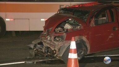 Motorista de pick up morre após acidente em Campinas na estrada velha de Indaiatuba - De acordo com os bombeiros, o acidente envolveu também um ônibus escolar.