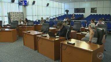 CPI da merenda ouve novos depoimentos em Sorocaba - A CPI da Câmara de Sorocaba (SP) ouviu, nesta sexta-feira (9), novos depoimentos sobre a investigação da merenda escolar.