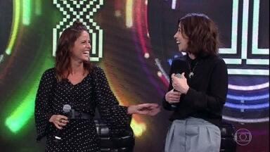 Fernanda Torres e Fernanda Freitas acertam e Marília Mendonça sobe ao palco - Guta Stresser e Alice Milagres não conseguem adivinhar música da campainha número 1