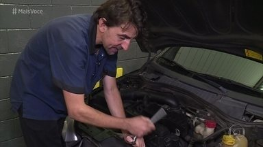 Mecânico dá dicas para identificar os principais problemas do carro - Além da manutenção preventiva, Pedro Scopino mostra como é possível saber quando seu carro precisa ser levado à oficina mecânica. Conheça um motorista muito prevenido, que costuma andar com peças reservas
