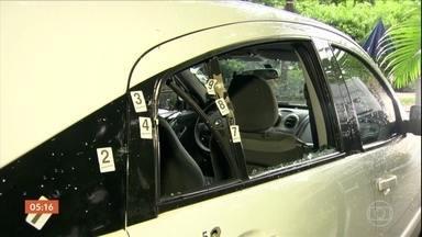 Polícia diz que segundo carro deu cobertura aos bandidos que assassinaram Marielle Franco - Nova testemunha do assassinato de Marielle Franco teria visto tudo. Imagens de câmeras de segurança mostram o veículo do lado de fora do evento onde a vereadora estava.