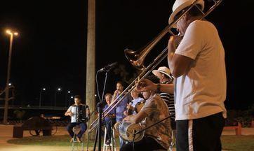 Conheça e curta o som de Dom José do Ban e os Chorões - Para festejar os 163 anos de Aracaju, convidamos o cantor Dom José do Ban e os Chorões. Confira a participação deles no programa.