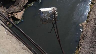 Canal do Rio Granjeiro ainda precisa de reparos - Problemas ainda são vistos no local.