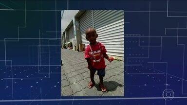 Menino de 1 ano e mais duas pessoas morrem em tiroteio no Rio - Eles ficaram no meio do fogo cruzado entre bandidos e policiais. Especialistas questionam como deve ser a ação da polícia em locais movimentados.