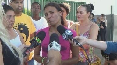 Criança de 1 ano e 5 meses morre em Piracicaba; ele tinha sinais de violência pelo corpo - A suspeita é de abuso sexual e espancamento. O principal suspeito é o pai do menino.