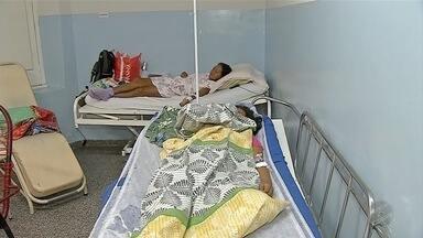 Secretário de Saúde de Corumbá fala sobre falta de leitos no hospital - Os pacientes estão sofrendo e aguardando na fila por causa da falta de leitos.