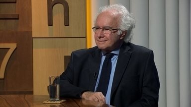 Joaquim Falcão, professor de Direito da FGV, discute sobre o STF