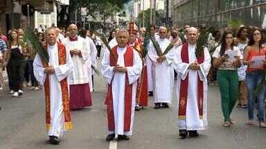 Celebrações da Semana Santa mobilizam católicos em Juiz de Fora - Missa de Domingo de Ramos marcou abertura da programação preparatória para a Páscoa cristã.
