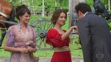 Convidados chegam à fazenda Bittencourt - Elisabeta diz a Ema que Darcy terá que aceitá-la com seus desejos e sonhos